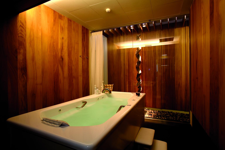 134-Bath_Spa_Spain