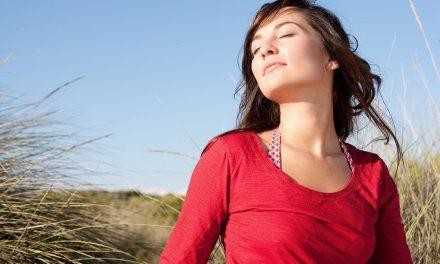 La giusta detersione per preparare la pelle al sole