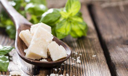 Intolleranza al lattosio: sintomi, dieta e integratori