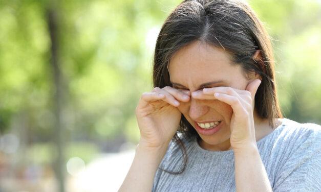 Proteggere gli occhi in estate: le regole d'oro